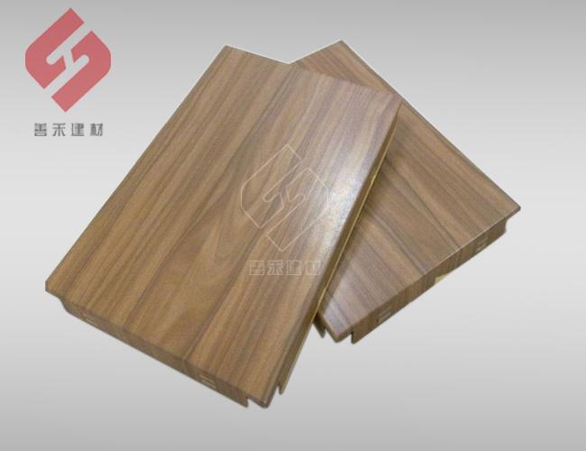善禾天花-木纹铝单板幕墙